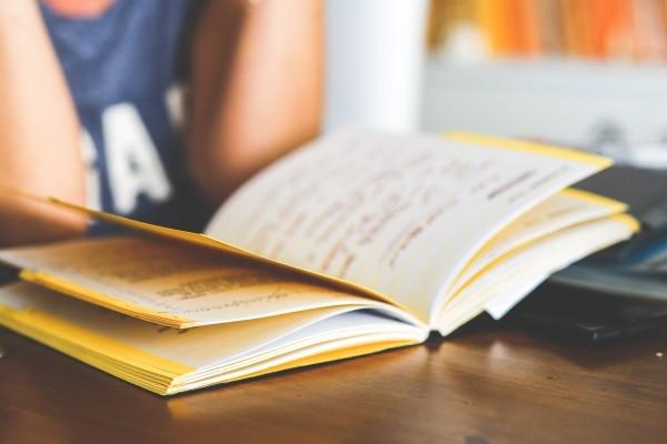 Aulas de idioma em grupo ou particulares